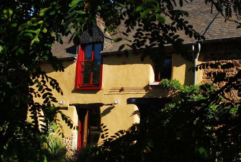 Fassade der renovierten Scheune